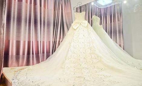 曼格婚纱工作室