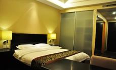 凯西酒店公寓豪华大床房1晚