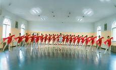 溶艺考舞蹈培训机构