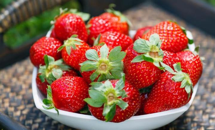 小武红岩奶油草莓采摘园(洼里乡居楼店)