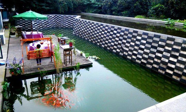 水景花园别墅聚会