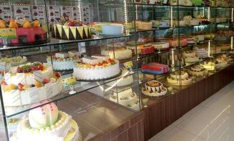 金冠创意蛋糕(乐群街店)