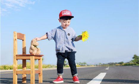 哈尼小熊儿童摄影