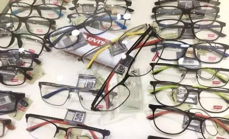 博士眼镜平价超市