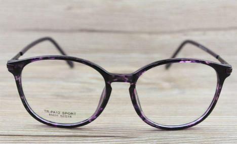 周光明眼镜批发城