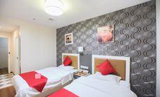 速8酒店标准双床房