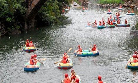 杨梅州犀溪漂流