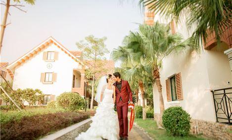 卓越婚纱摄影