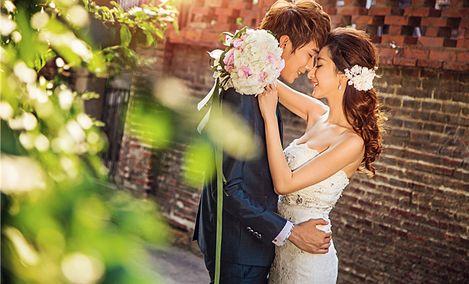 爱诺国际婚纱摄影(联丰广场店)