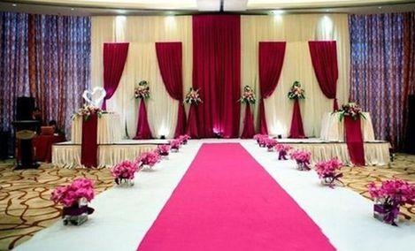 好莱坞国际婚纱摄影(南钢大道店)