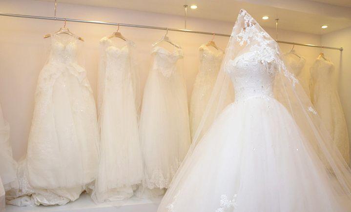 贝拉婚纱店
