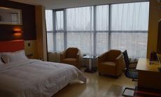 7天优品酒店优享高级双床房