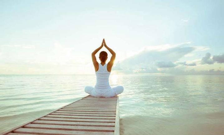心聆悦瑜伽健身