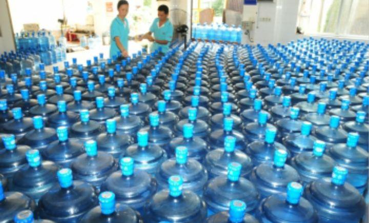 一七九工贸送水纯净水桶装水配送
