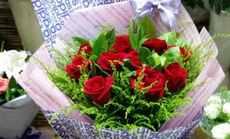爱情海鲜花11支玫瑰套餐