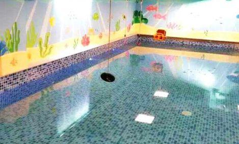 贝贝鲸亲子游泳 - 大图