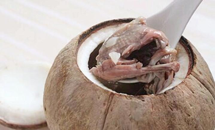 大椰原只椰子炖品