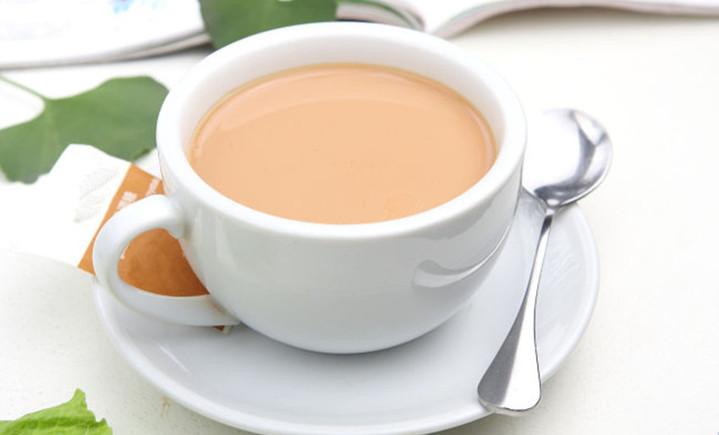 名流奶茶店
