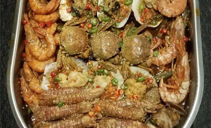 馋胖肉蟹煲(尚峰店)