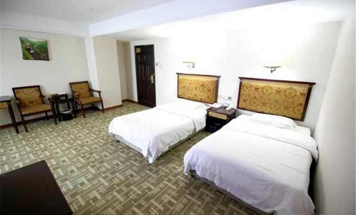 三龙商务酒店