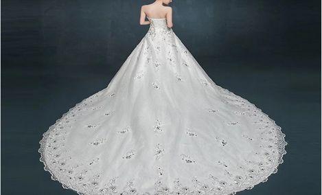 爱慕婚纱礼服