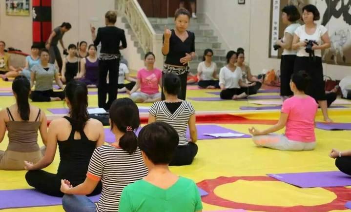 新迪拉丁舞国标舞艺术中心