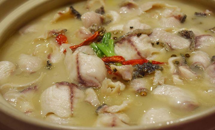 酸菜鱼毛血旺(灯塔路店)