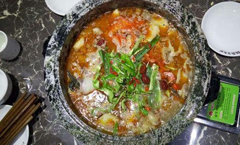 功夫煮石锅鱼