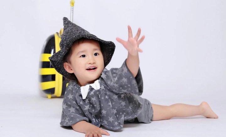 小时代儿童摄影(仓山万达店)