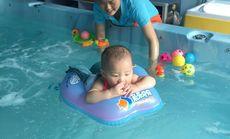 幼儿游泳体验