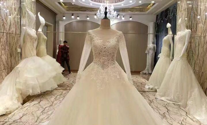 浪漫新娘婚纱摄影