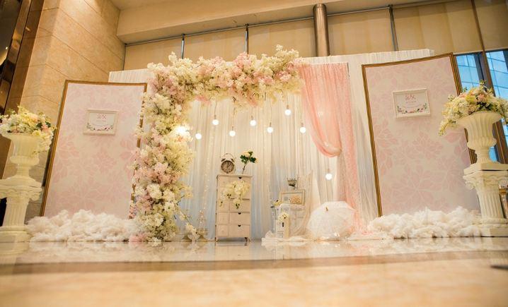 莫奈婚礼策划中心(伟业世纪店)