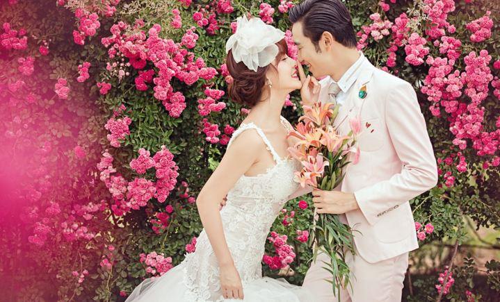 蔚蓝海岸婚纱摄影