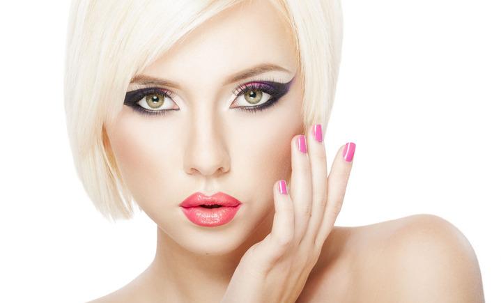 欢欢化妆工作室
