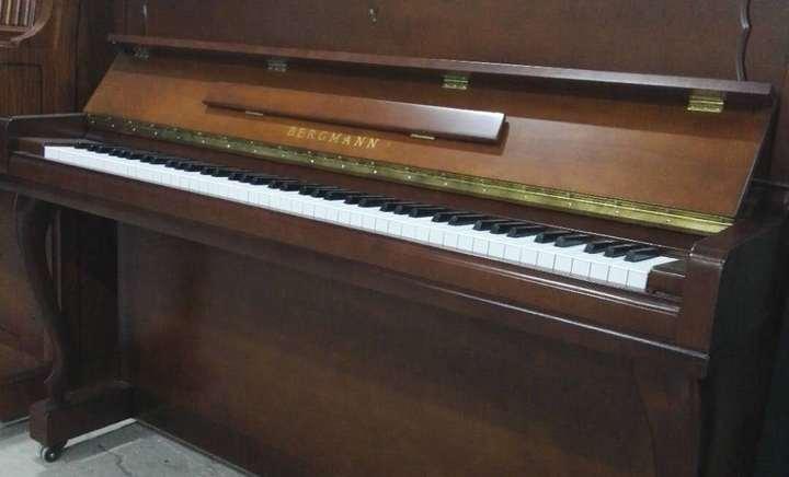 哆来咪二手钢琴