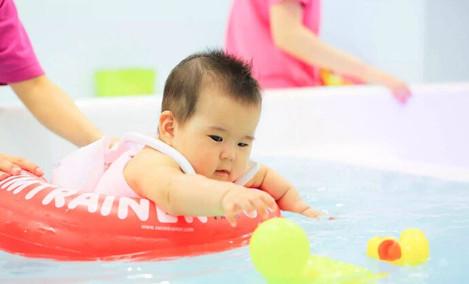 快乐宝贝婴幼儿游泳中心