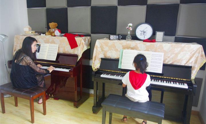 雨滴钢琴工作室