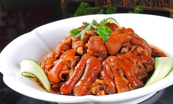 雨春谷阳光餐厅