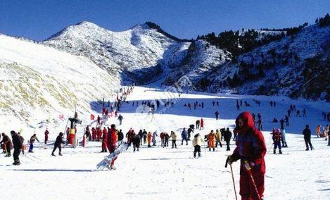 龙泉国际滑雪场