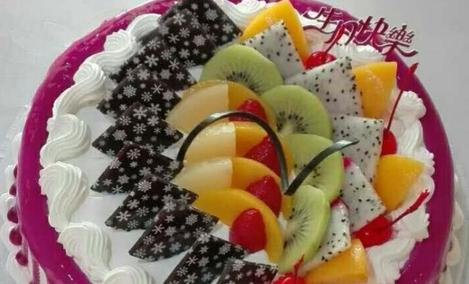 逸浓生日蛋糕