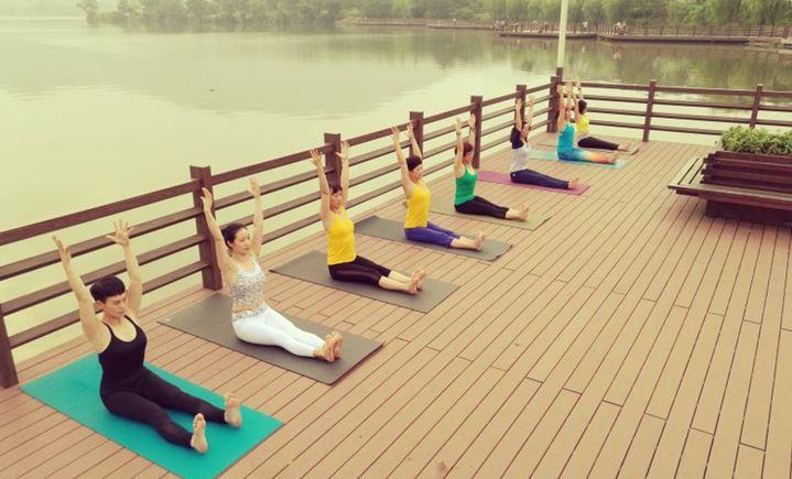 优雅瑜伽会所