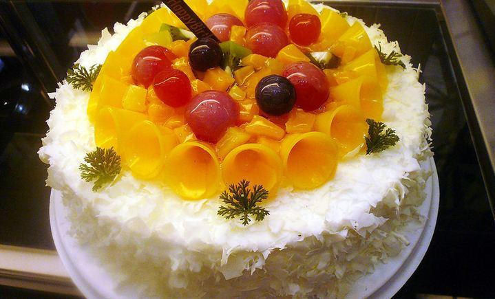 百合蛋糕 - 大图