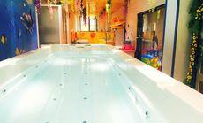 星期六儿童游泳馆