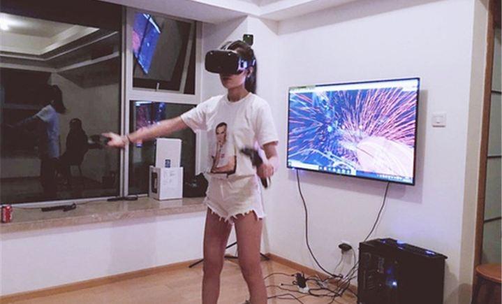 Dmu VR x htc VIVE体验店