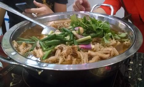 明哥牛杂火锅店