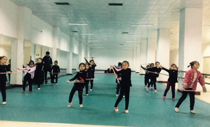 书山舞蹈学校