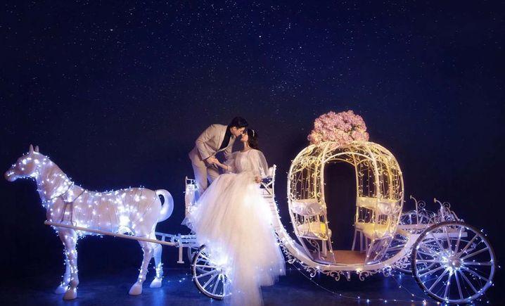 奥罗拉婚纱摄影