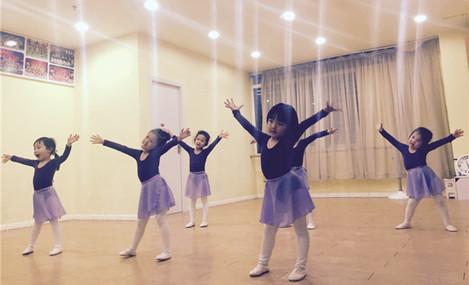 小美舞艺工作室