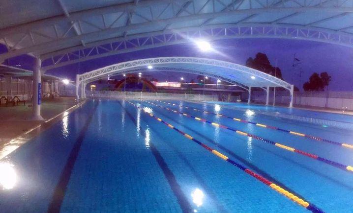 滨海水上世界游泳池