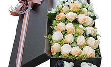 艾诺鲜花19枝玫瑰礼盒